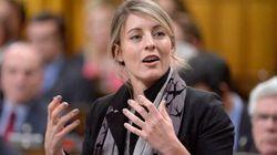 Radio-Canada : le NPD veut que Mélanie Joly prenne ses