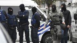Attentats de Paris : deux suspects inculpés pour