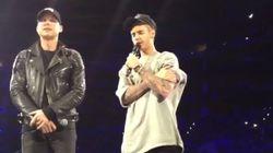 Attentats: Bieber prie pour la France sur scène
