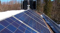 De l'énergie éolienne et solaire pour alimenter son