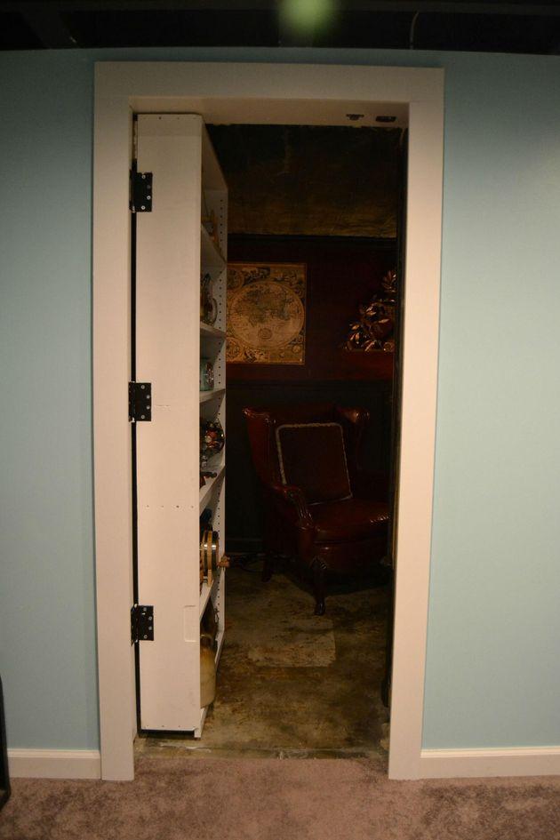 Un utilisateur Reddit partage des photos de son nouveau fumoir caché derrière une étagère