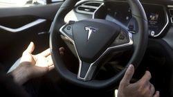 Tesla va installer des équipements de conduite autonome sur toutes ses