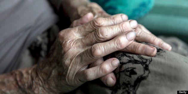 Aide médicale à mourir: Un groupe conteste la loi québécoise sur les soins en fin de