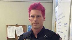 Un policier de Toronto se teint les cheveux en rose pour combattre