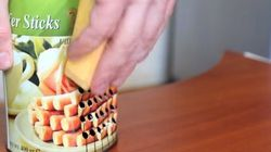 Une râpe à fromage fabriquée à partir d'une boîte de conserve
