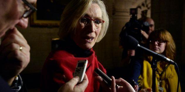 Ottawa lève les sanctions économiques contre certaines Premières