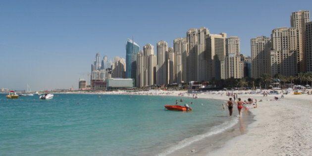 Dubaï: un père empêche les sauveteurs de sauver sa fille, elle se