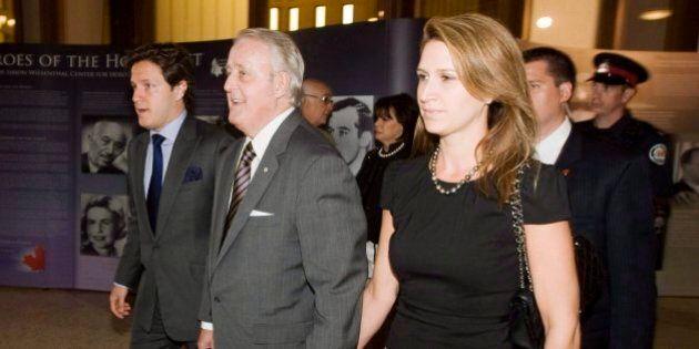 Le fils de Brian Mulroney, Mark, ne sera pas de la course à la direction du Parti