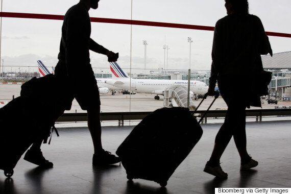 Une passagère d'Air France a caché une fillette dans son bagage à main