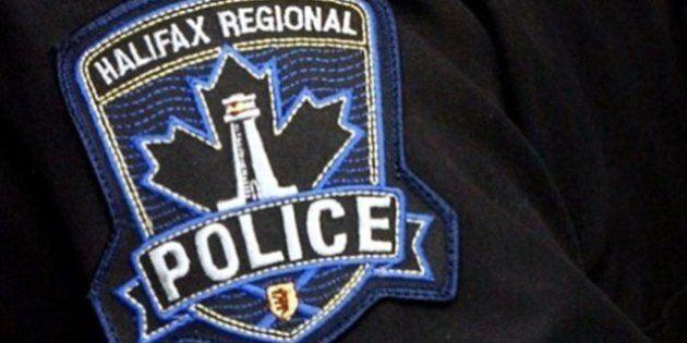 La police d'Halifax recherche un homme qui a arraché un bébé des bras de sa