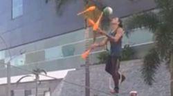 Il jongle au dessus... d'un passage piéton