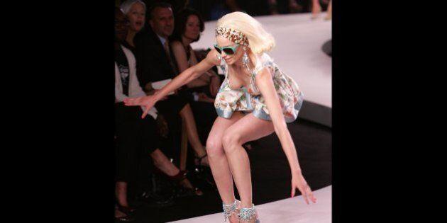 Les pires chutes de mannequins lors des semaines de mode à travers le