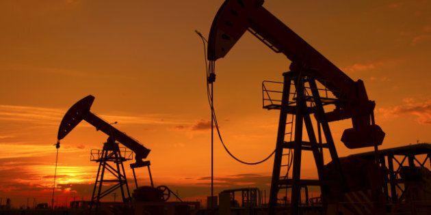 oil pump on orange