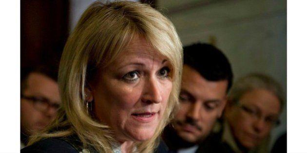 Le Collectif 8 mars doit rencontrer la ministre Lise Thériault à Montréal