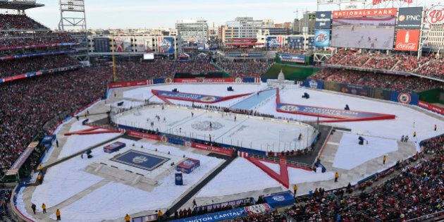 The Chicago Blackhawks play the Washington Capitals in the third period of the Winter Classic outdoor...