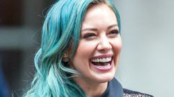 Cheveux: le turquoise, la couleur audacieuse du printemps
