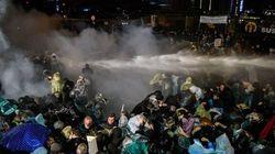 Nouvelles manifestations devant un journal d'opposition à Istanbul