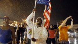 Ferguson: l'hommage à Michael Brown dégénère