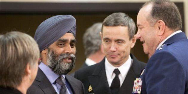 Défense : des experts britanniques pour conseiller le gouvernement