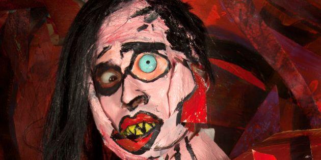 Au royaume du Botox, l'artiste Marie-Lou Desmeules fait des chirurgies plastiques à base de peinture