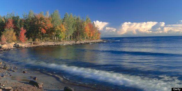 Les Grands Lacs menacés par la pollution malgré une entente Canada États