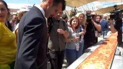 La plus longue pizza de tous les