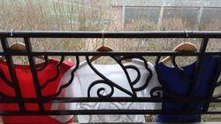 Vêtements, chaises... les Français sans drapeau ont su se débrouiller