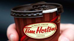 Tim Hortons ferme des cafés aux