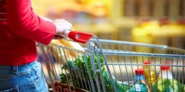 Les Canadiens paient leur panier d'épicerie plus cher que l'an