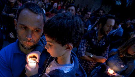 Ces hommages à Paris vous redonneront foi en l'humanité