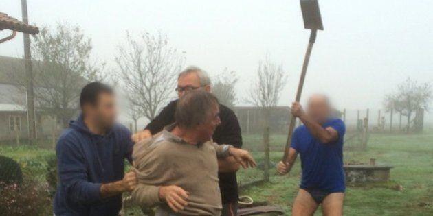Un défenseur des oiseaux attaqué à coups de pelle par un homme... en sous-vêtements