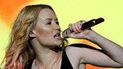FEQ 2015: Prestation éclair pour Iggy Azalea