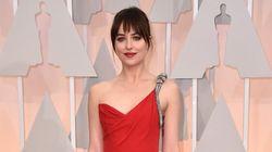 Oscars 2015: Dakota Johnson illumine le tapis