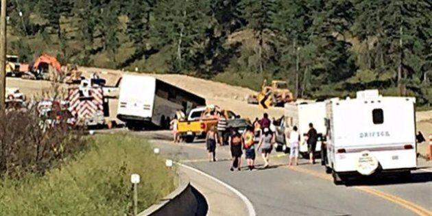 Un accident d'autocar blesse 60 personnes en