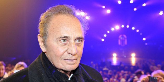 French actor Roger Hanin arrives to attend French singer Sylvie Vartan's show at the Palais des Congres...