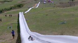 Prêt pour une descente sur le plus grand toboggan au monde?