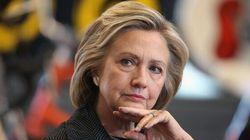 Des courriels controversés de Hillary Clinton rendus