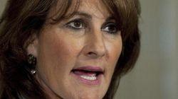 Imam controversé: Kathleen Weil contrainte de battre en