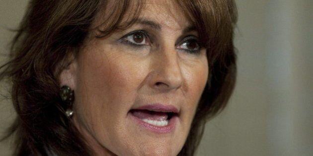 Imam controversé: Kathleen Weil est forcée de battre en