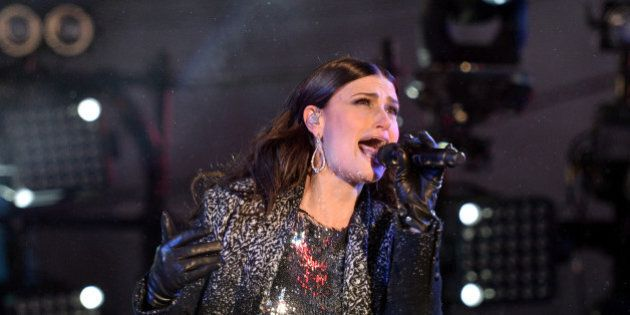 NEW YORK, NY - DECEMBER 31: Idina Menzel performs during Dick Clark's New Year's Rockin' Eve with Ryan...