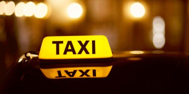 La vidéo d'un chauffeur de taxi d'Ottawa qui utilise son téléphone cellulaire au volant fait