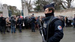 Attentats à Paris: 12 personnes