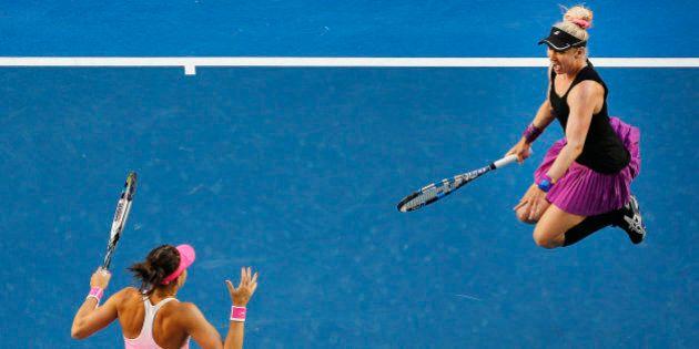Ces joueuses de tennis célébrant leur victoire ont bien fait rire les internautes