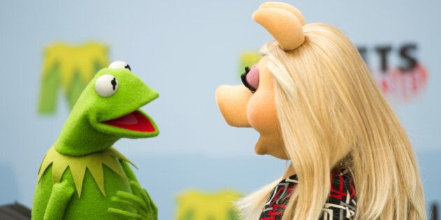 BERLIN, GERMANY - MARCH 28: Kermit and Miss Piggy attend the 'Muppets most wanted' Photocall at Sony...