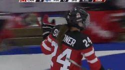 Ce superbe but de Natalie Spooner aide le Canada à passer en