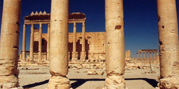 Syrie: l'EI entre dans Palmyre, un de ses chefs tué par des commandos