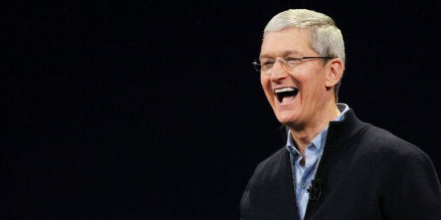 Tim Cook, le P.D.G. d'Apple, veut céder toute sa fortune évaluée à 800 millions à de bonnes