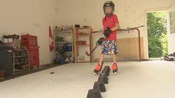 Même en été, ils jouent au hockey sur glace dehors