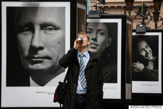 Vladimir Poutine se fait passer pour un athlète olympique dans une