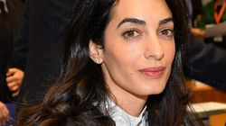 L'avocate Amal Clooney demande l'intervention de Harper dans l'affaire Mohamed